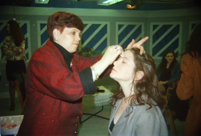 תמונה 42- 304 -ג'ש 1991-במוסד-קב' אנפה באולפן הוידאו-שמות בסכום